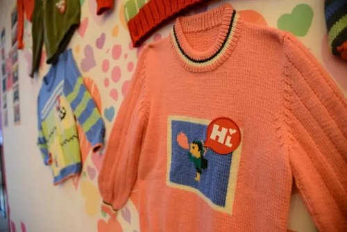 ACWF VP Attends Charity Event Donating Sweaters to Disadvantaged Children