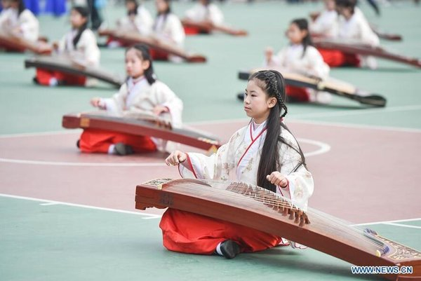 Students Show Culture Education in Fuzhou, SE China