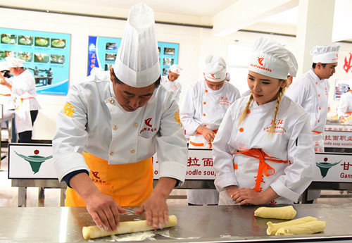 NW China Noodle School Encourages Women Touch