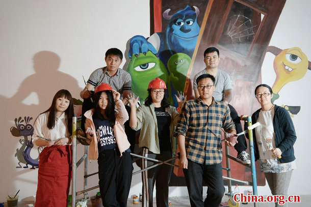 Young Artists Decorate Shanghai with 3D Murals