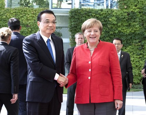 Chinese Premier Calls for Joint Efforts with Germany to Promote Free Trade
