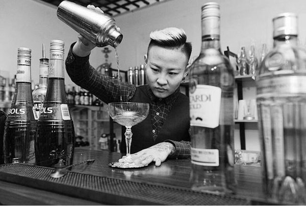 Bartender Dreams of Bringing Chinese-style Cocktails to World