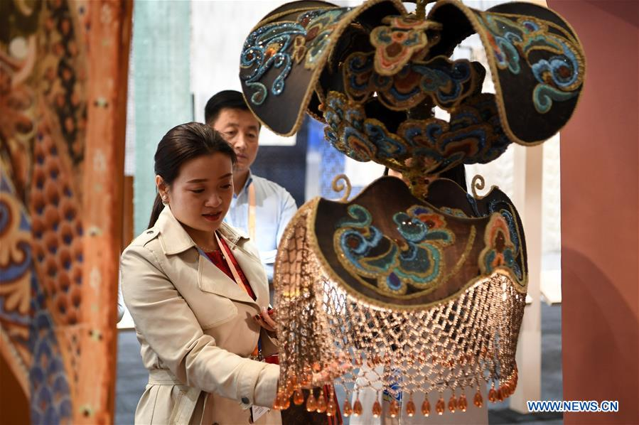 Exhibition of 3rd Silk Road Int'l Cultural Expo Held in Dunhuang