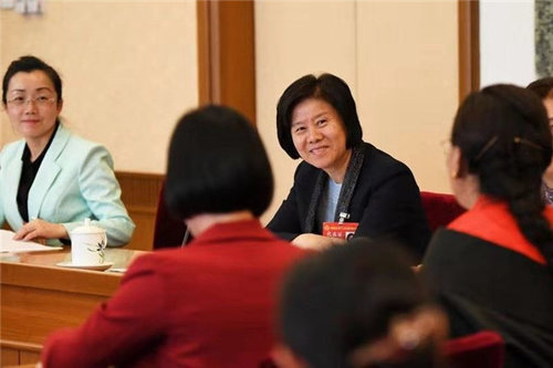 ACWF President Joins Sichuan Delegation at 12th NWC Meeting