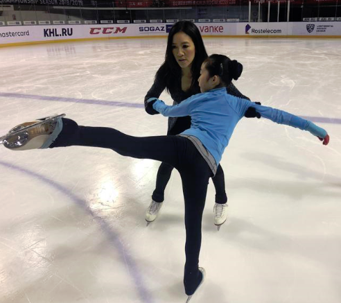 U.S. Figure Skating Champ Attends Training for Youngsters in Shanghai
