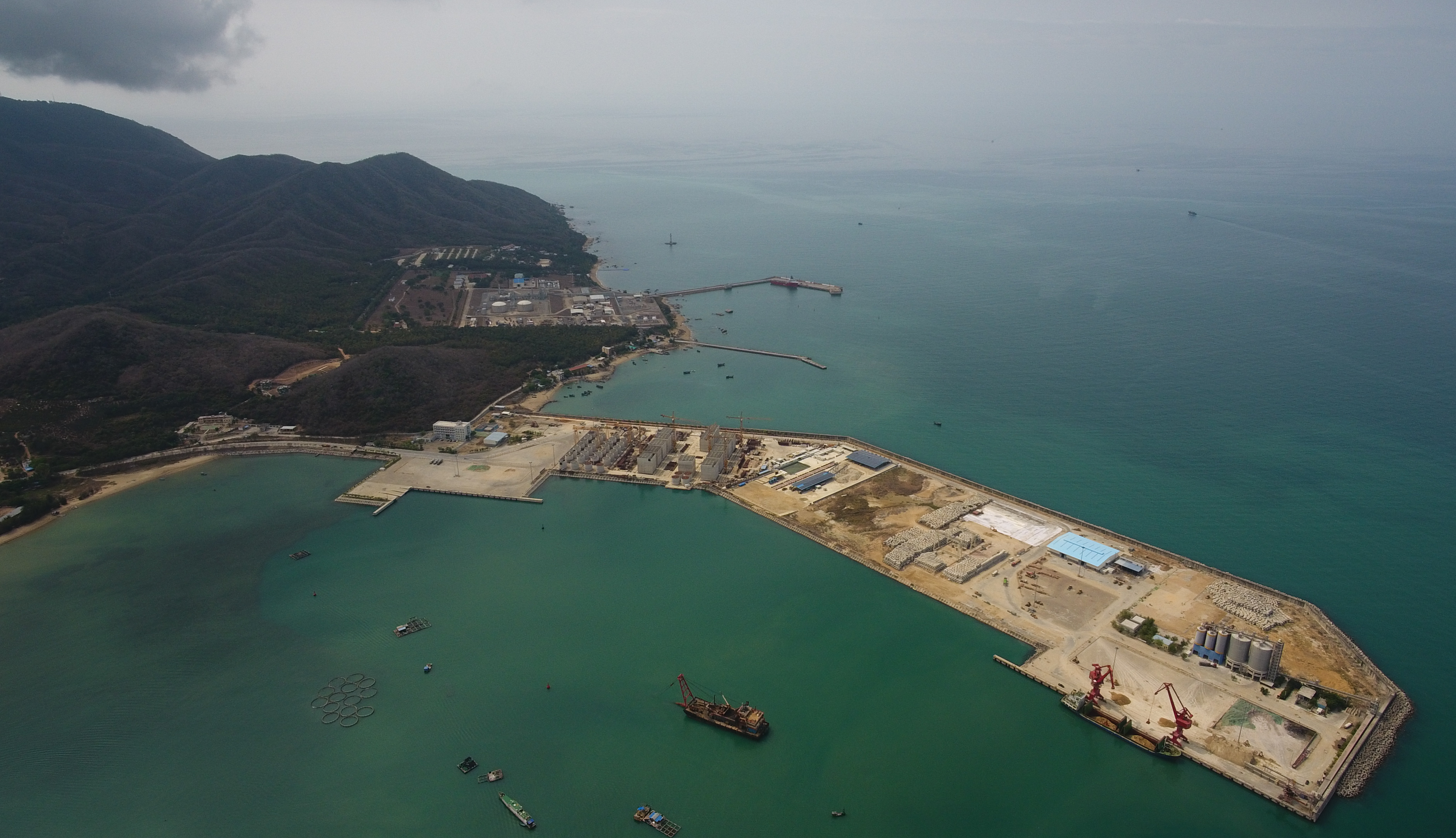 Hainan Free Trade Port Reaffirms China's Commitment to Opening up